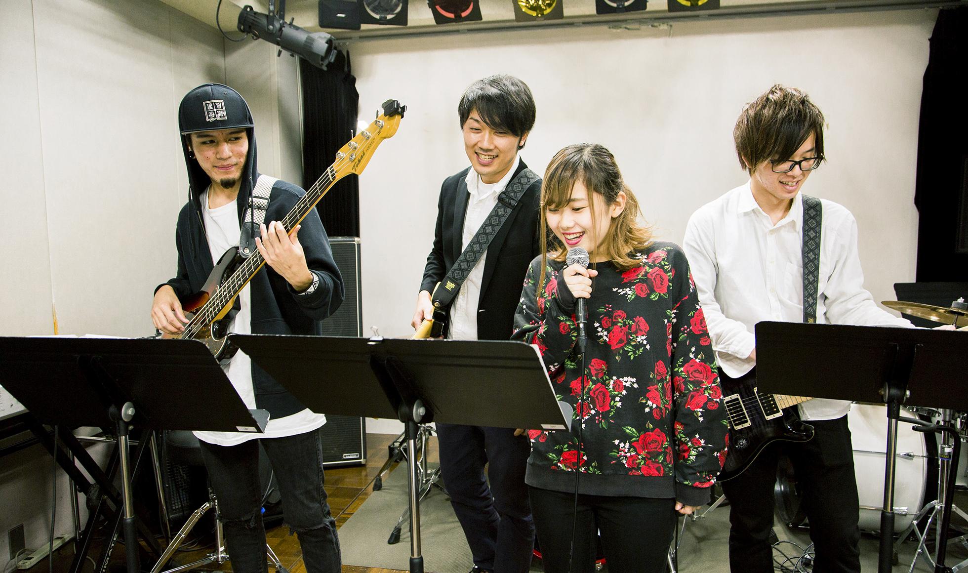 ソロでも、バンドでも、音楽業界へのデビューを強力サポート!YMSの4つのメリット