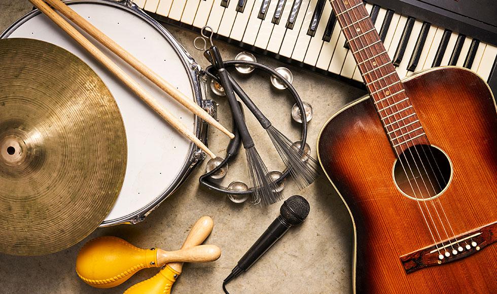 音楽を学ぶには、「大学」「専門学校」「音楽教室」のうち、どれが最適?